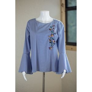 SJB Blue Bell Sleeve Embroidered Blouse Size Large